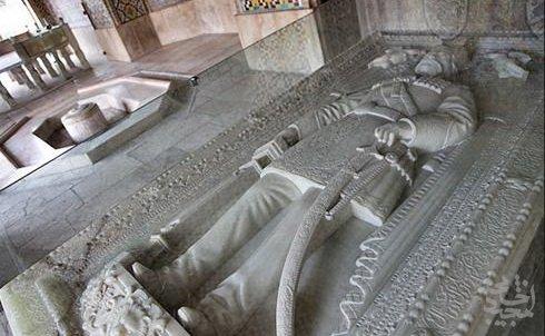 تاريخي: ماجرای داستان تاریخی سنگ قبر ناصرالدین شاه