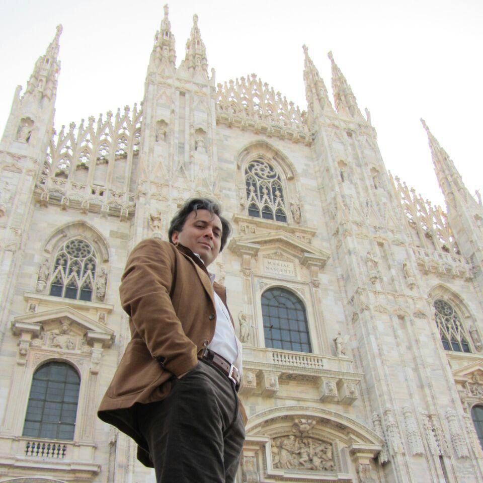 عکس زیبایی از مجید اخشابی در ایتالیا فروردین 91
