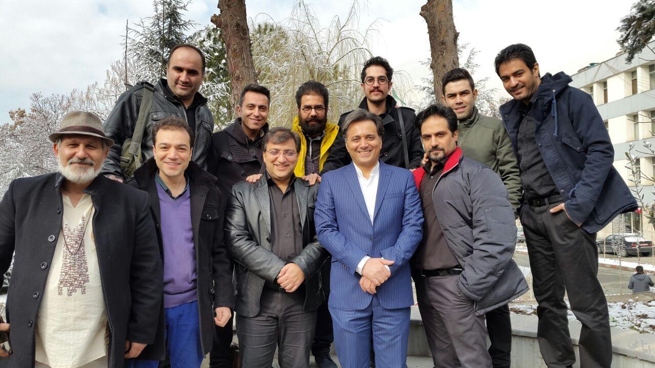 عکس هایی از اجرای 20 بهمن گروه مهرآوا