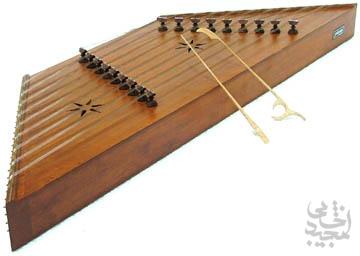 سنتور ، یکی از کهن ترین سازهای گستره ایران
