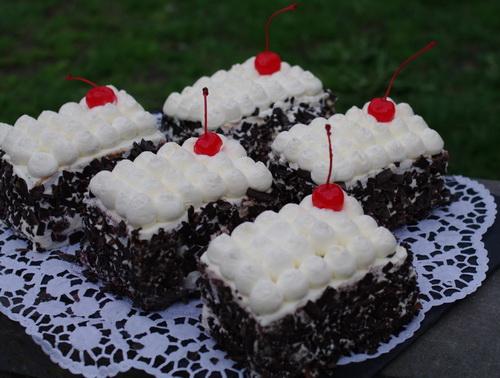 مینی کیک فرانسوی