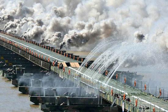 ساخت پل 1150 متری در 26 ثانیه