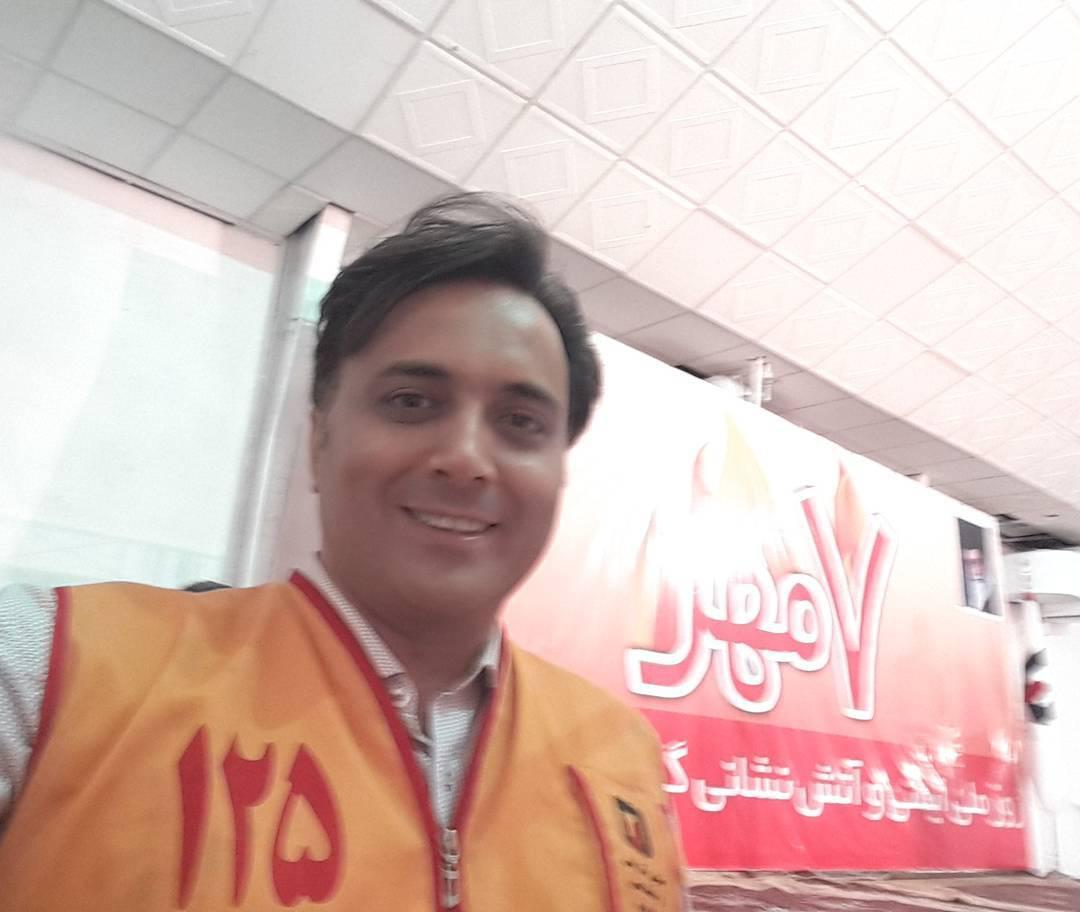 مجید اخشابی در روز ملی آتشنشانی