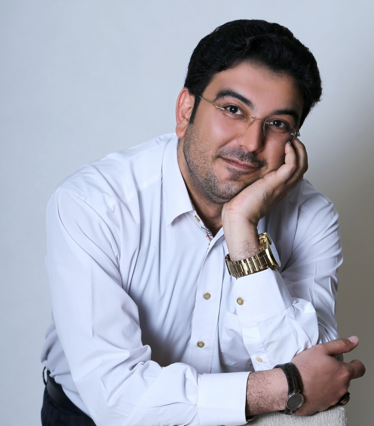 گفتگوی شاعرانه زیروبم با حامد عسکری
