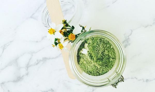 پوستی شاداب با ماسک چای سبز