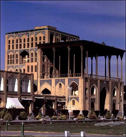 معماری سبک اصفهانی