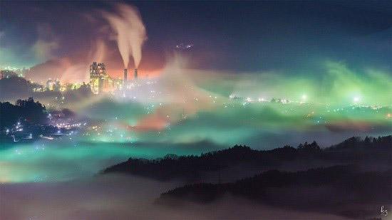 ژاپن غرق در دریای ابرهای رنگارنگ