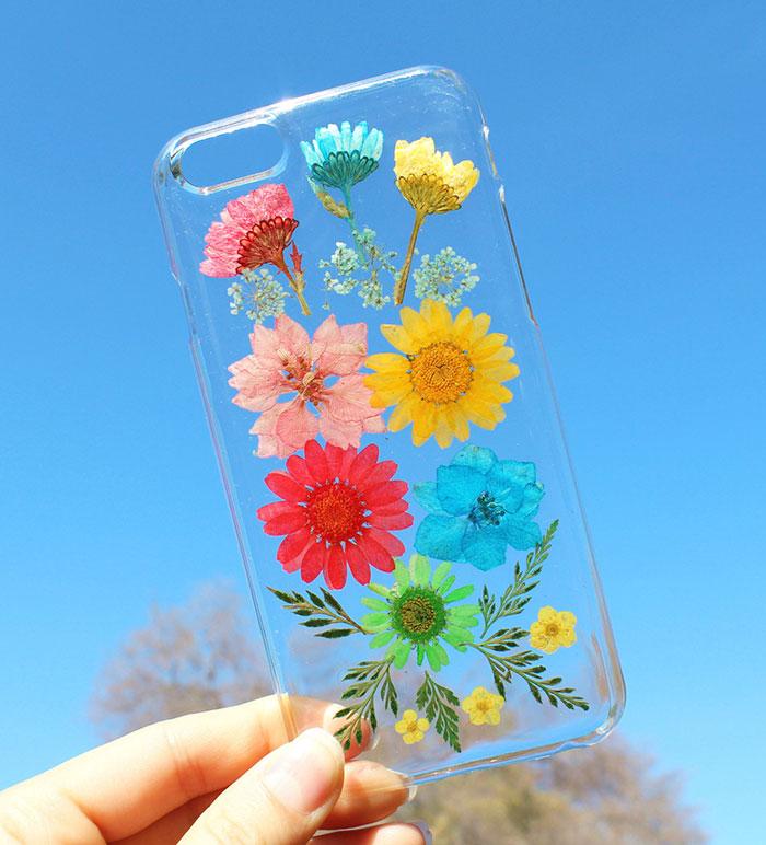 قاب محافظ گوشی زیبا با گلهای بهاری