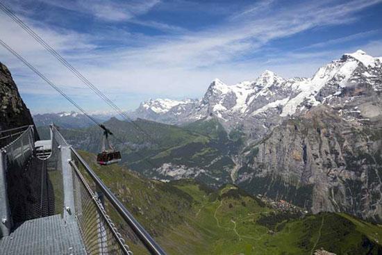 گذرگاه ترسناک و هیجان انگیز کوههای سوییس