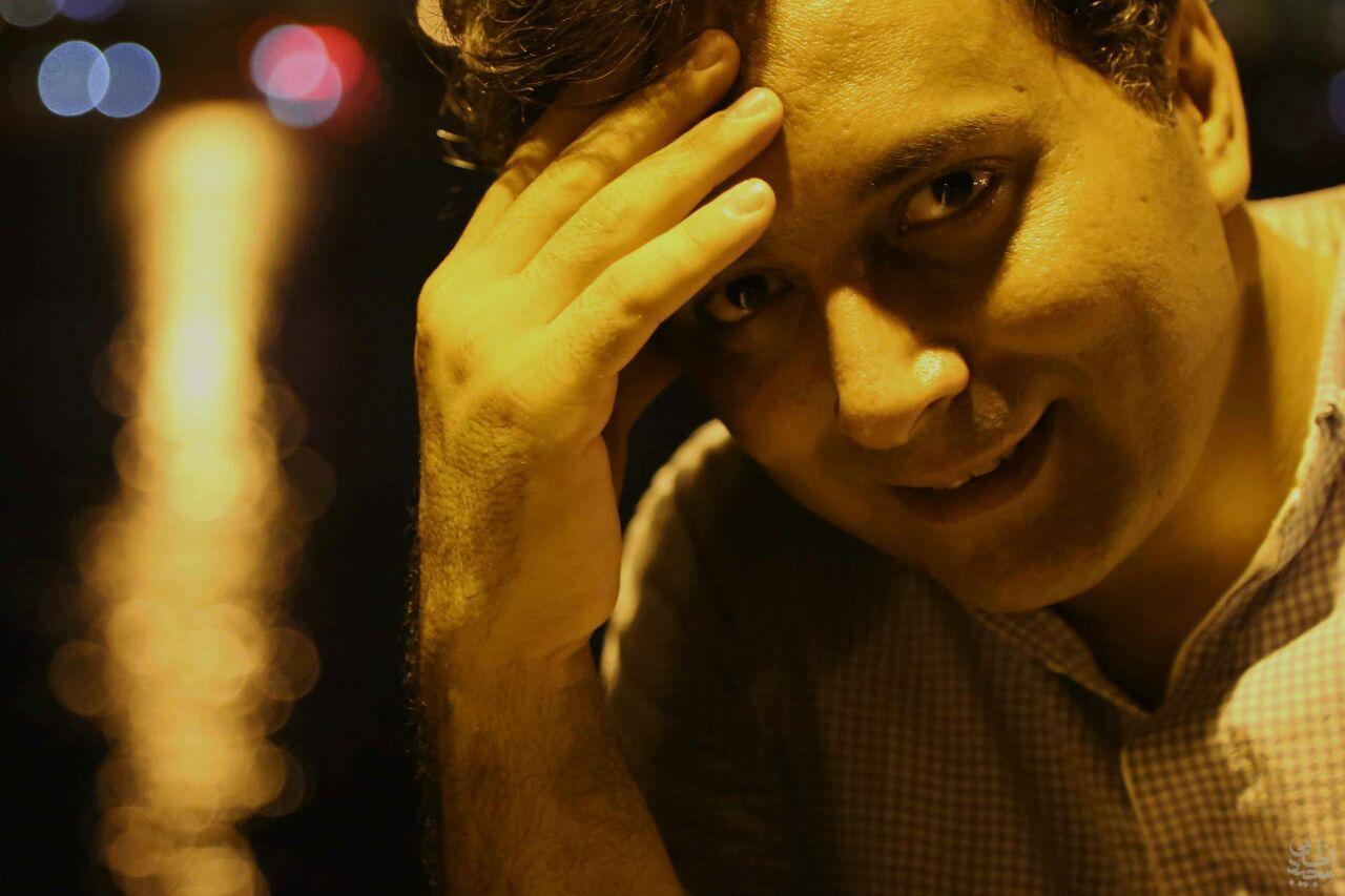 مصاحبه تلفنی با مجید اخشابی در برنامه گل افشان