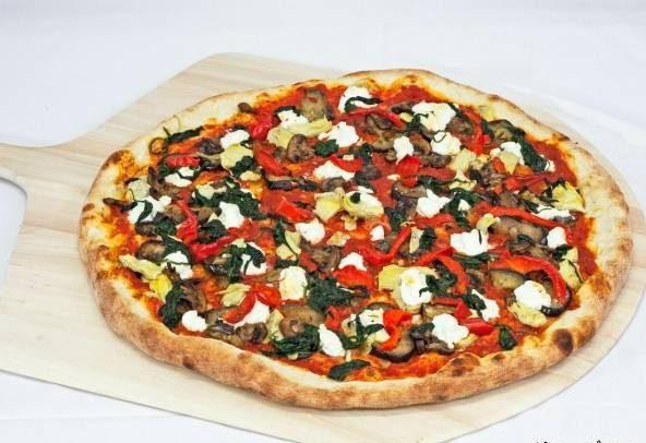 پیتزای بادمجان و اسفناج