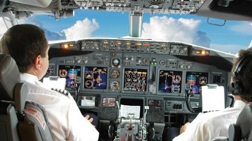 اطلاعات جالب و نکات خواندنی در مورد خلبان هواپیما