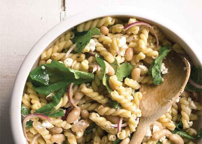 سالاد ماکارونی با سبزیجات معطر