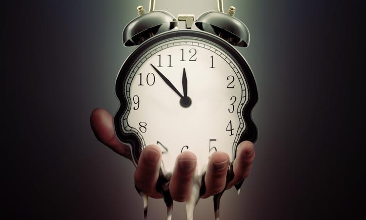 جهانی رو به انبساط و زمانی در حال توقف!