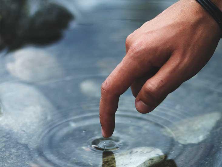 آشنایی با یک بیماری نادر؛ آلرژی به آب!