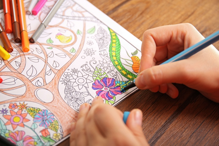 کاهش سطح اضطراب با کتابهای رنگآمیزی