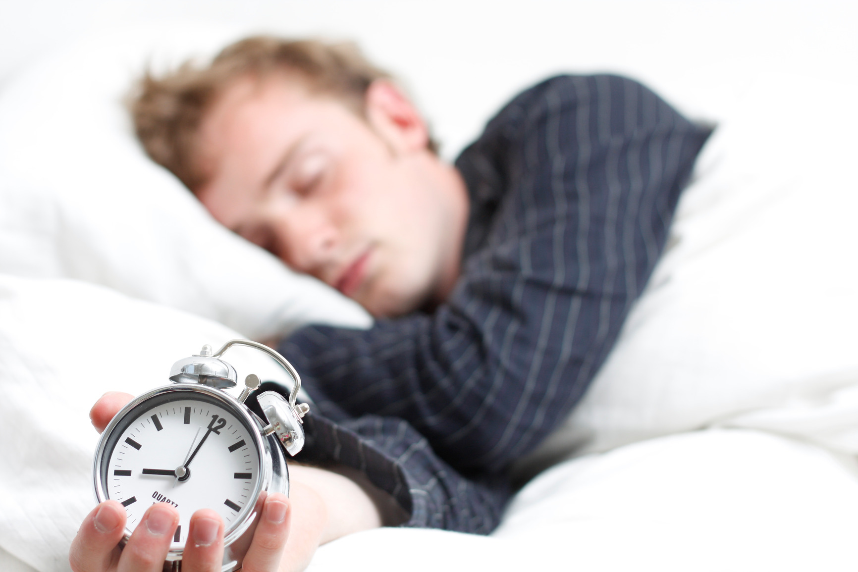 با تکنیک «۴-۷-۸» در کمتر از یک دقیقه به خواب بروید!