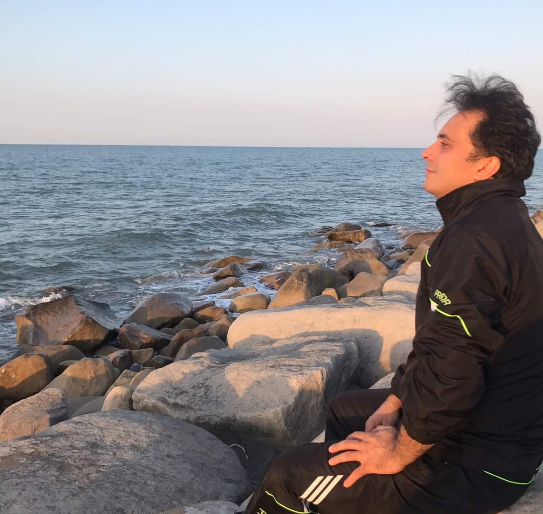مجید اخشابی در سواحل مازندران با پیامی اخلاقی!