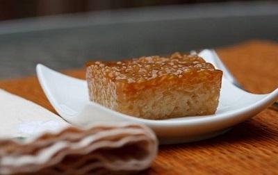 کیک برنج نارگیلی