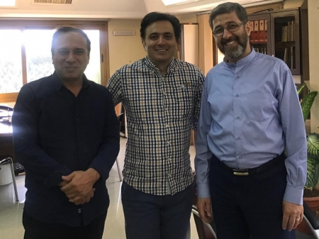 مجید اخشابی و جمعی از همکاران صدای رسانه ملی
