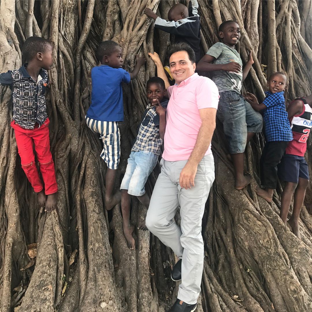 دکتر مجید اخشابی در دارالسلام (تانزانیا) و شعر زیبایی از مولانا