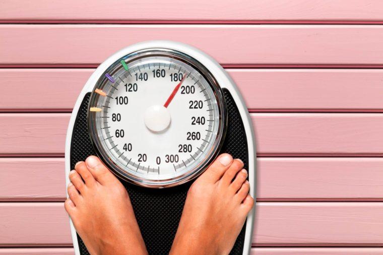 بهترین زمان روز برای وزن کردن خود