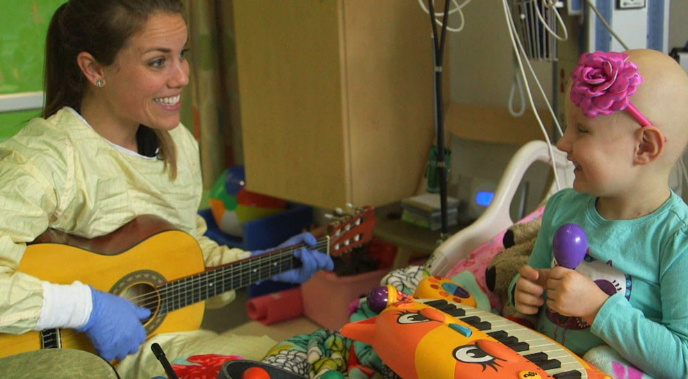 نقش موسیقی در کاهش درد