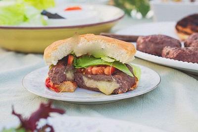 همبرگر شکم پر، ساندویچ خوشمزه خانگی