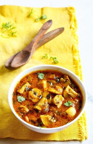 سوپ قارچ و شنبلیله