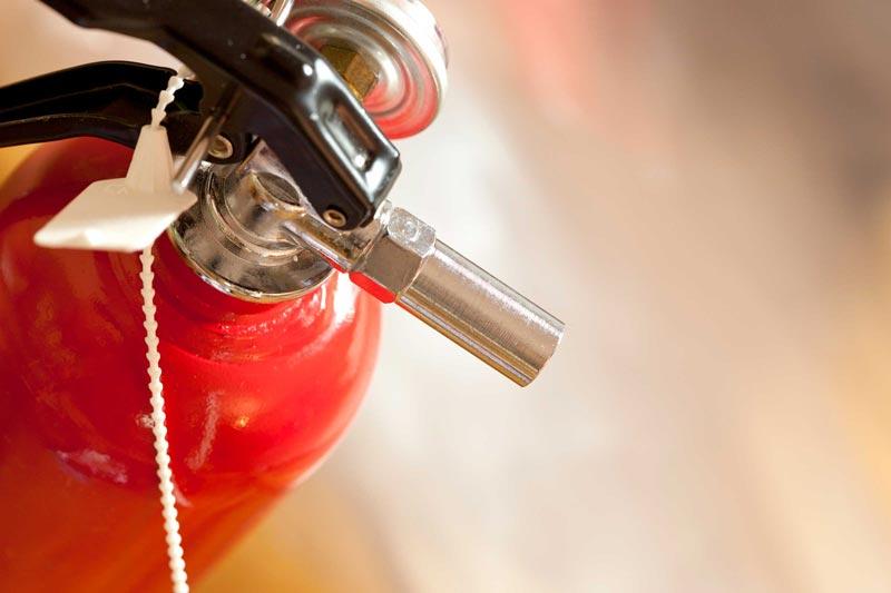 خطرات آتشسوزي در منزل و روشهاي پيشگيري از آن
