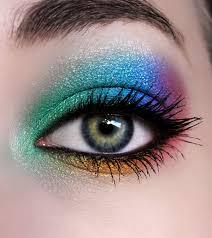 7 راه جدید برای زیباتر کردن چشم