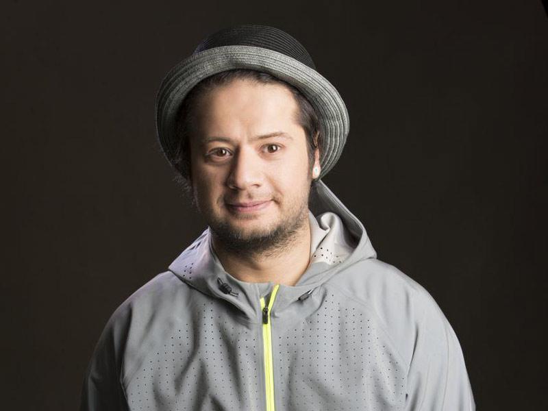 گفتگوی زیروبم با علی صادقی بازیگر سریال نون خ