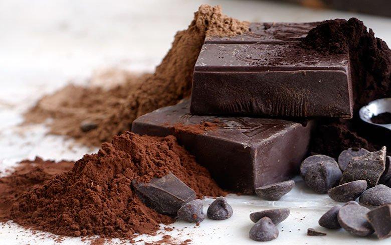 شکلات تیره و پوستی زیبا