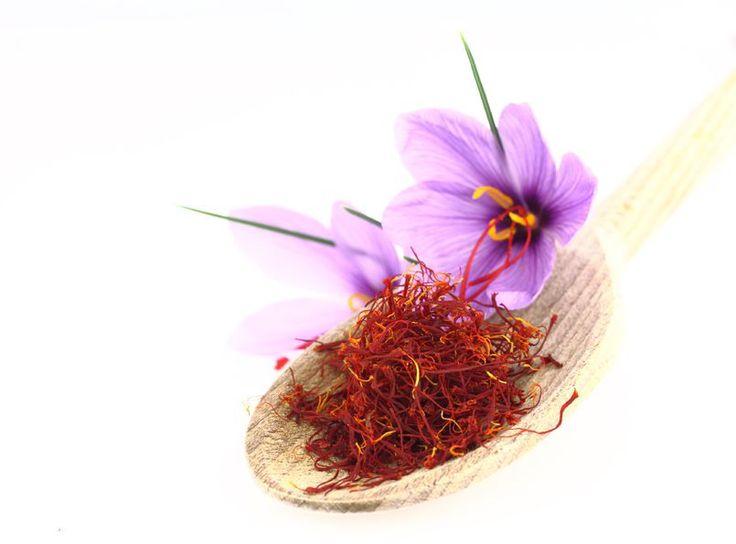 چگونه زعفران اصل بخریم؟