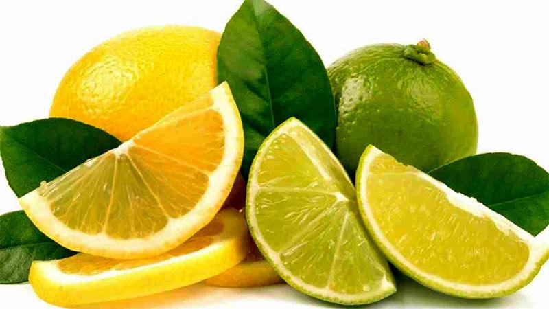 نحوه گرفتن تلخی آب لیمو تازه
