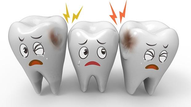 ۸ داروی طبیعی برای دندان درد