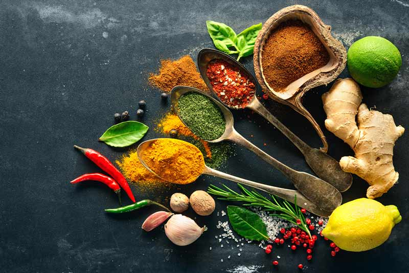 ۱۰ ماده غذایی که به تسکین درد کمک میکنند
