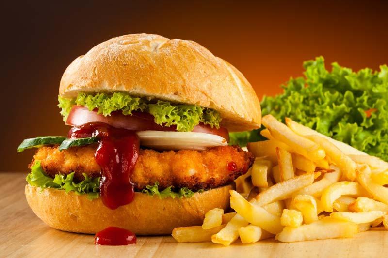 از خوردن این غذاها در دوران بیماری خودداری کنید!