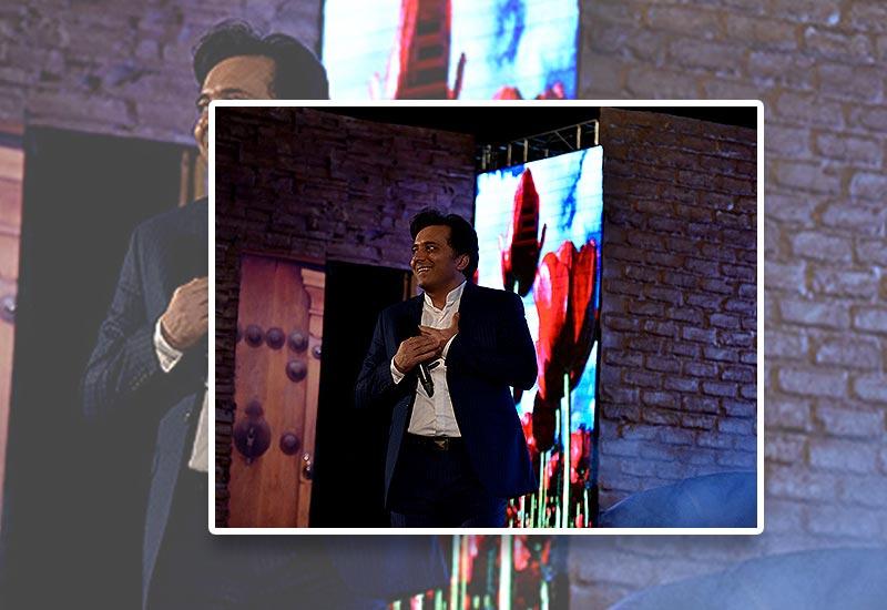 حضور دکتر مجید اخشابی در برنامه چراغانی 20 مرداد ماه 98
