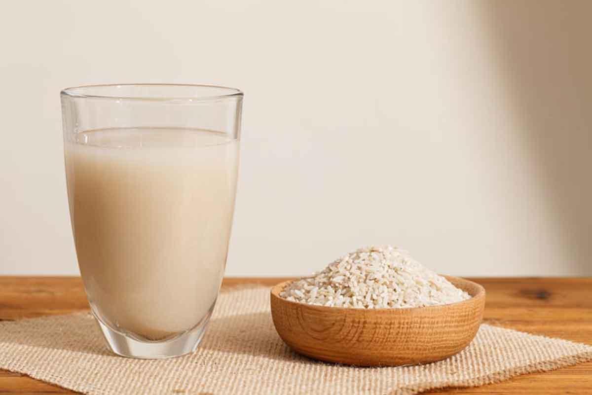 آشنایی با خواص آب برنج