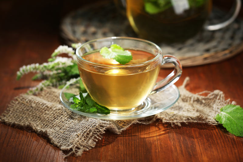 آشنایی با انواع چای های گیاهی و خواص آنها