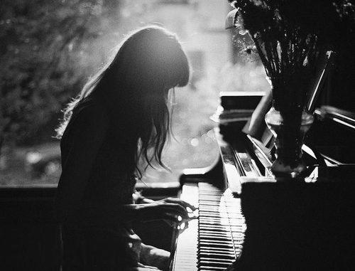 چرا بعضی افراد موسیقی غمگین را بیشتر دوست دارند؟