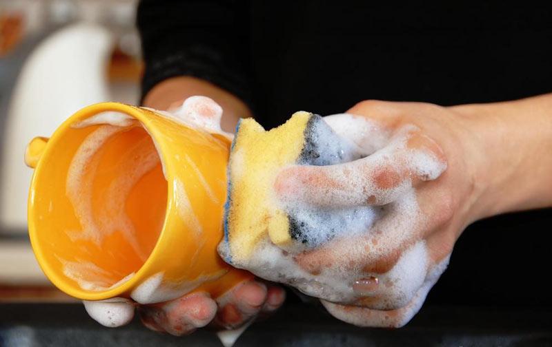 اثرات مخرب مایع ظرفشویی بر بدن انسان