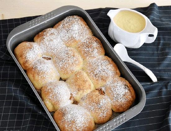 نان بوختلن نان مشهور اتریش و آلمان