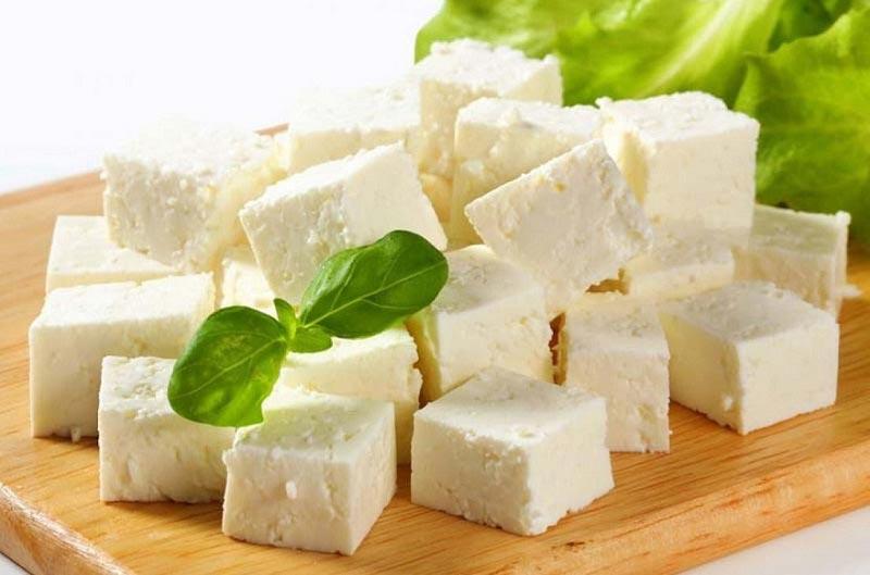 زبان خوراکی ها: اسم من پنیر است