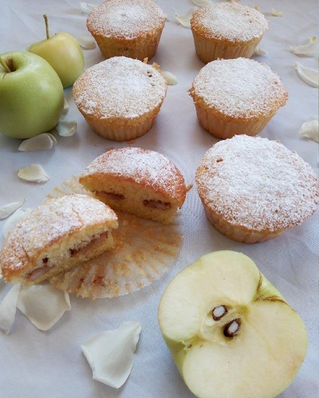 کیک سیب فنجانی