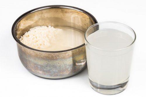 آب برنج و فواید آن برای پوست و مو