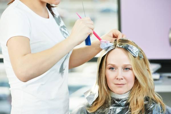 فوت و فن رنگ کردن مو در خانه