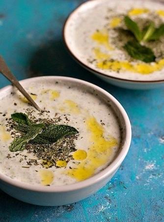 سوپ ماست و خیار