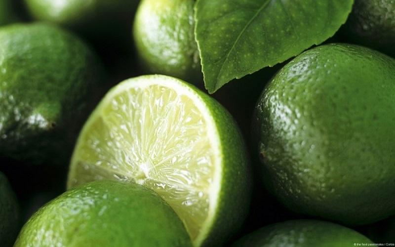 لیمو ترش مفید برای کبد و لاغری